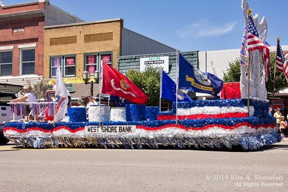 MI Parade 2_1542acs