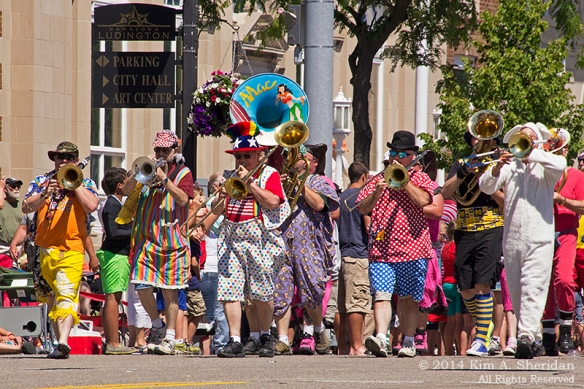 MI Parade 9 Scottville Clown Band_1755a